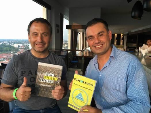 andres-silva-arancibia-y-fernando-anzures-larranaga-conextrategia-social-influence-marketing-sms-santa-cruz-bolivia-exma-2016