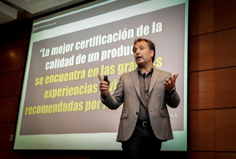Andrés Silva Arancibia Marketing Digital y Redes Sociales Sheraton Miramar, conextrategia, libro, marketing digital, seminarios, conferencias, charlas, 2016 (7)